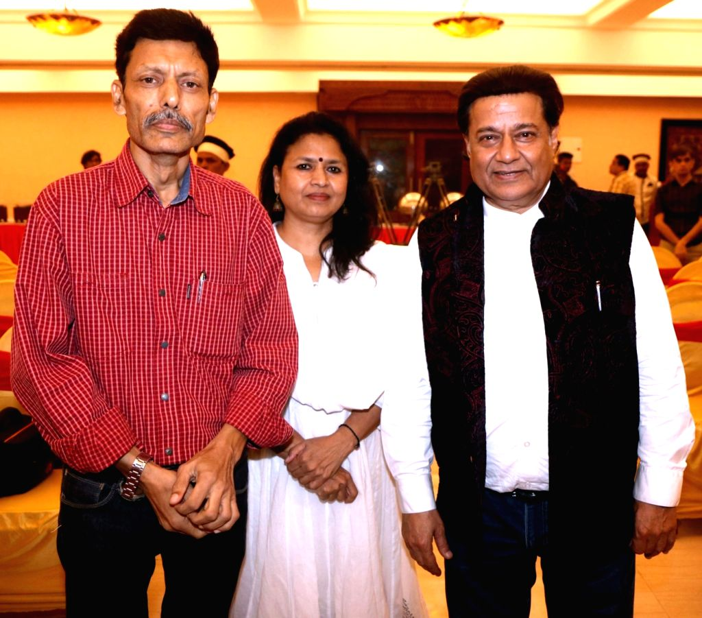 "Actor Seema Kapoor and Singer Jaspinder Narula during the music success party of comedy film ""Mr. Kabaadi"" in Mumbai on Sept 4, 2017. - Seema Kapoor"