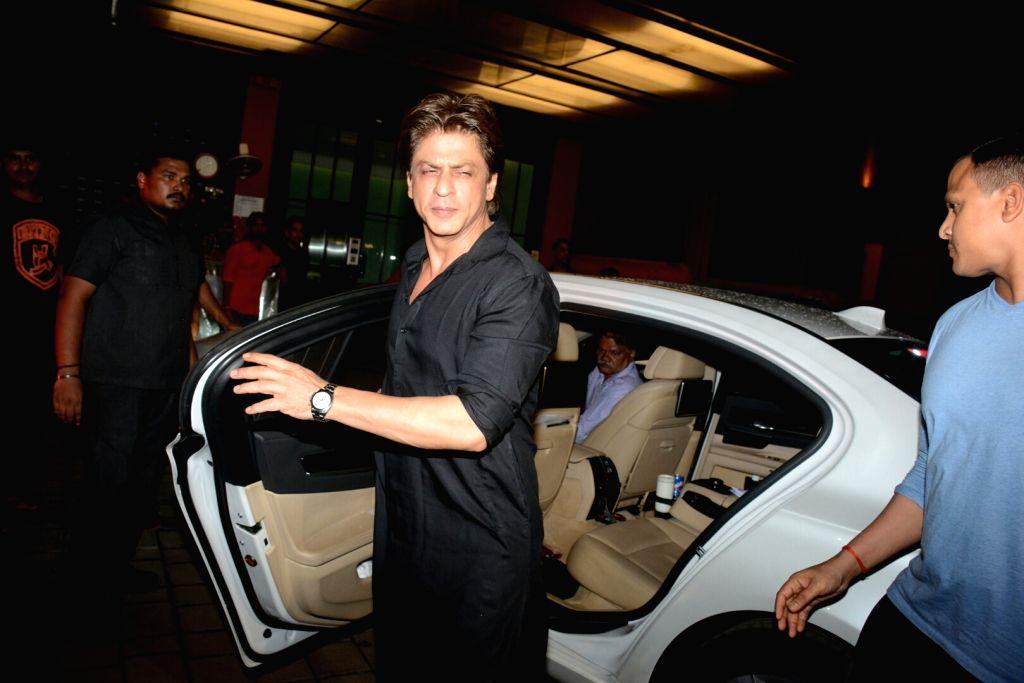 Actor Shah Rukh Khan at Arpita Khan's residence for Pre-Diwali celebration in Mumbai on Oct 13, 2017. - Shah Rukh Khan and Arpita Khan