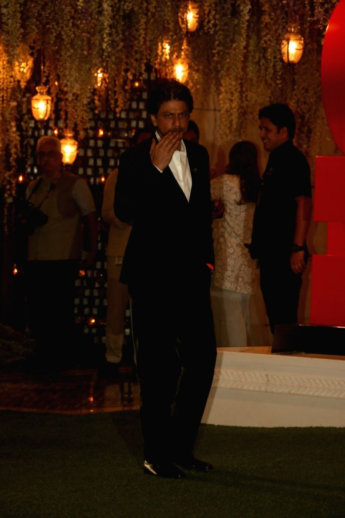Actor Shah Rukh Khan at the pre-wedding party of Reliance Industries Chairman Mukesh Ambani's sister Nina Kothari's daughter at Antilia in Mumbai on Nov 10, 2019. - Shah Rukh Khan and Mukesh Ambani