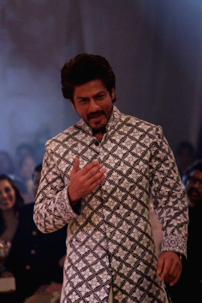 Actor Shah Rukh Khan during the Mijwan Summer 2017 fashion show during the Mijwan Summer 2017 fashion show in Mumbai on March 5, 2017. - Shah Rukh Khan