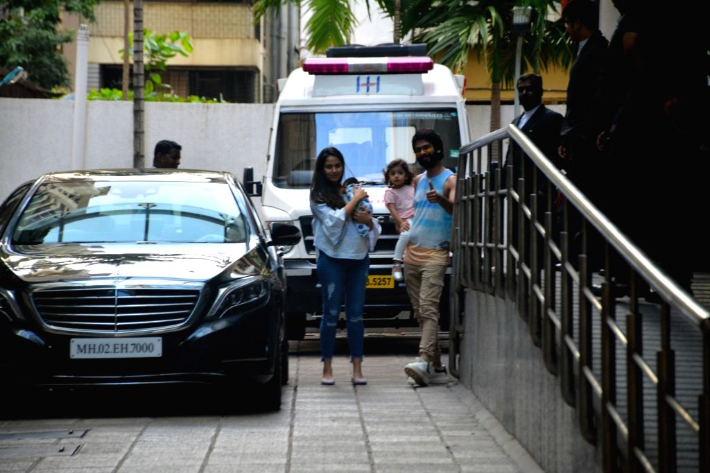 Actor Shahid Kapoor along with his wife Mira Rajput with their newborn son arrive at Hinduja hospital  in Mumbai on Sept 7, 2018. - Shahid Kapoor
