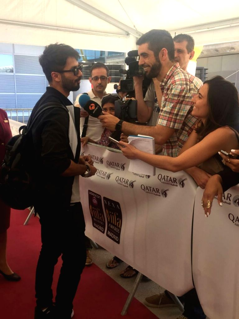Actor Shahid Kapoor at Adolfo Suarez Madrid-Barajas Airport to attend the International Indian Film Academy (IIFA) Awards in Madrid on June 22, 2016. - Shahid Kapoor