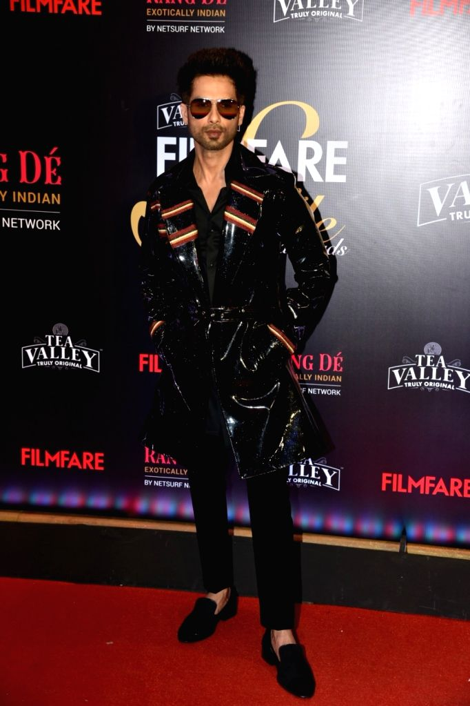 Actor Shahid Kapoor on the red carpet of Filmfare Glamour And Style Awards 2019, in Mumbai on Feb 11, 2019. - Shahid Kapoor