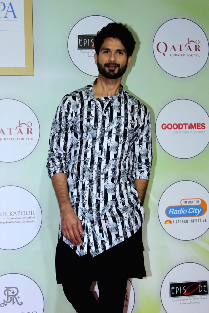 Actor Shahid Kapoor on the red carpet of the GeoSpa Awards 2019, in Mumbai, on April 24, 2019. - Shahid Kapoor