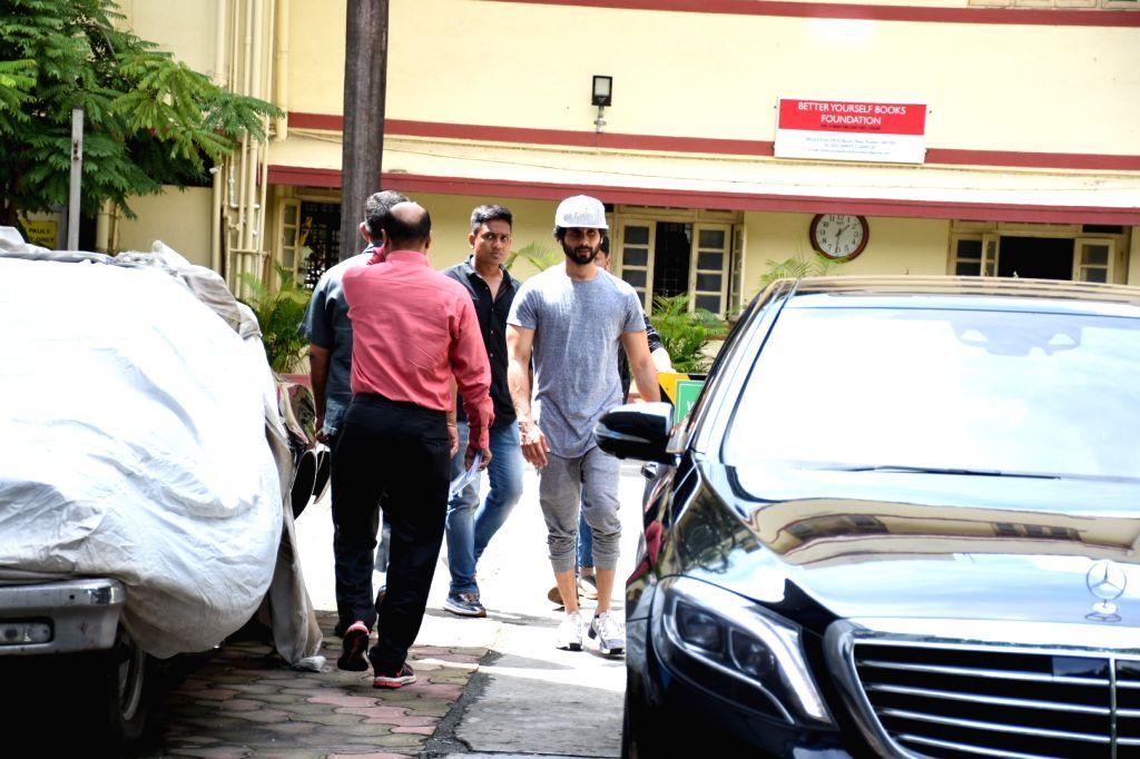 Actor Shahid Kapoor seen at a gym at Bandra, Mumbai on Sep 30, 2019. - Shahid Kapoor