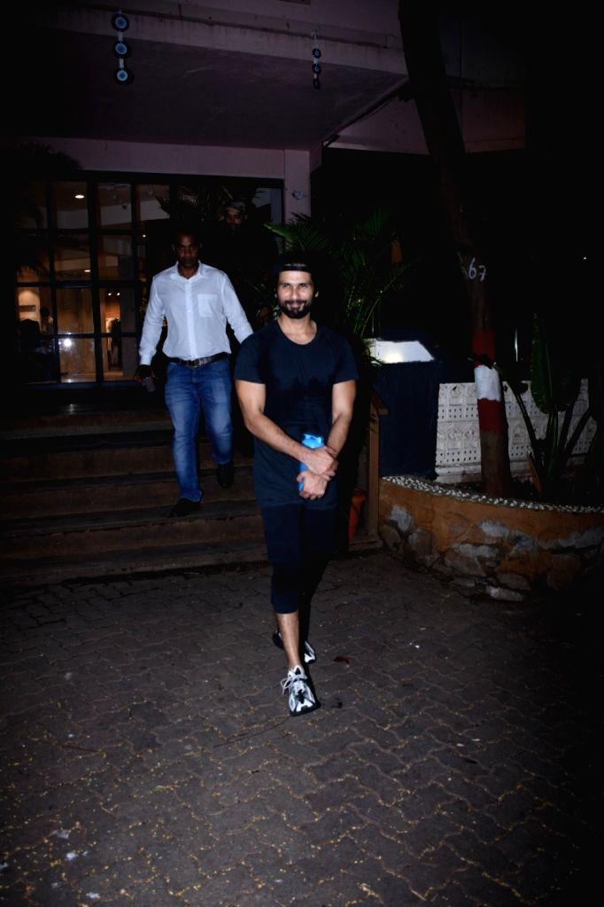 Actor Shahid Kapoor seen at a gym at Bandra in Mumbai on Nov 12, 2019. - Shahid Kapoor