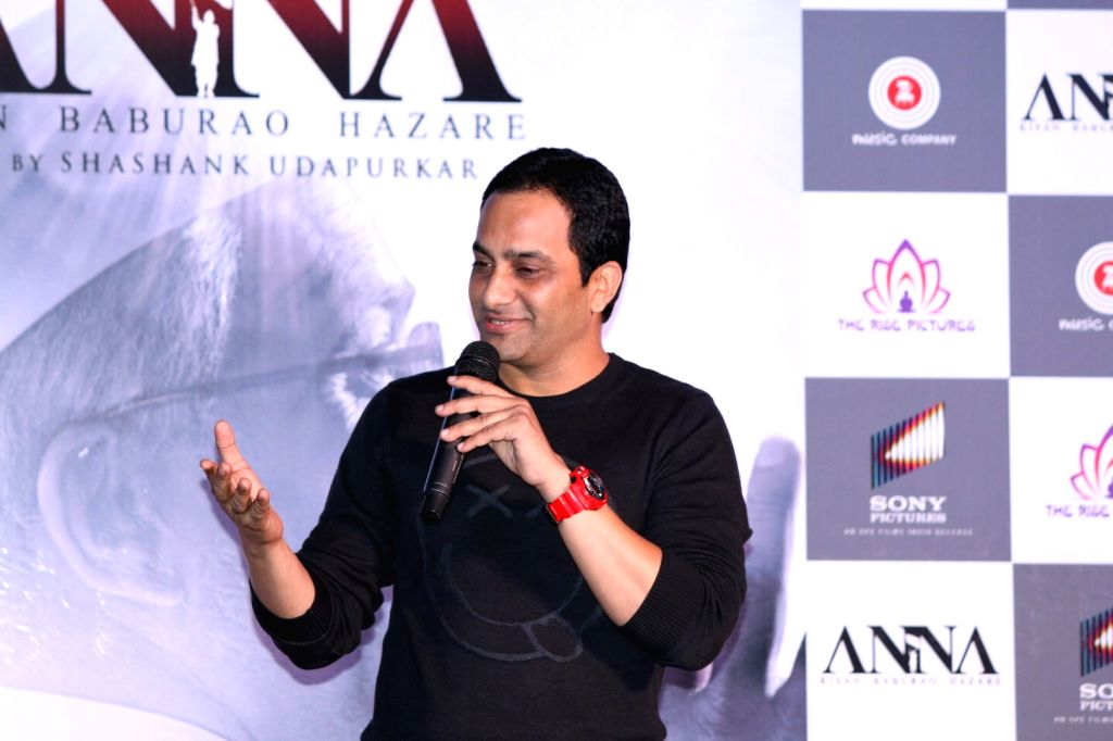 Actor Shashank Udapurkar during the trailer launch of film Anna: Kisan Baburao Hazare in Mumbai on Sept. 24, 2016. - Shashank Udapurkar