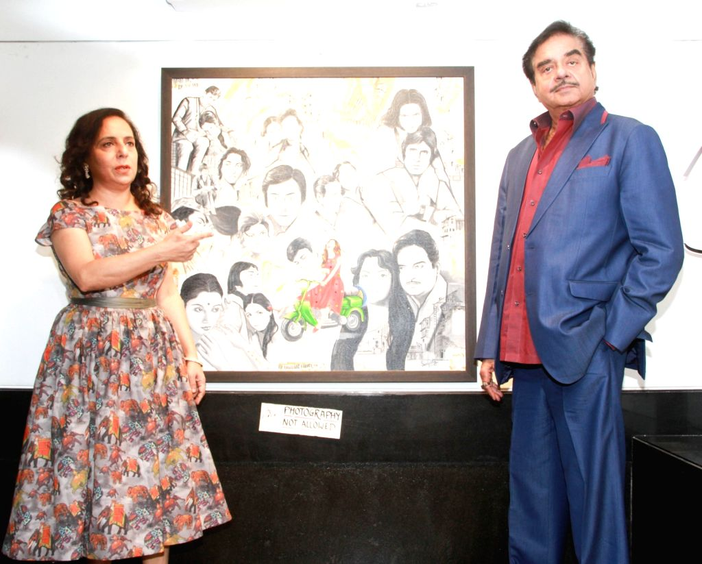 Actor Shatrughan Sinha during inauguration of a art Exhibition in Mumbai on April 4, 2018. - Shatrughan Sinha