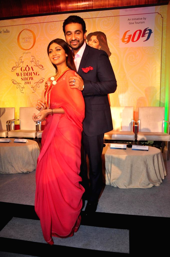 Actor Shilpa Shetty along with her husband Raj Kundra during the announcement of Goa Wedding Show in Mumbai on July 25, 2014. - Shilpa Shetty and Raj Kundra