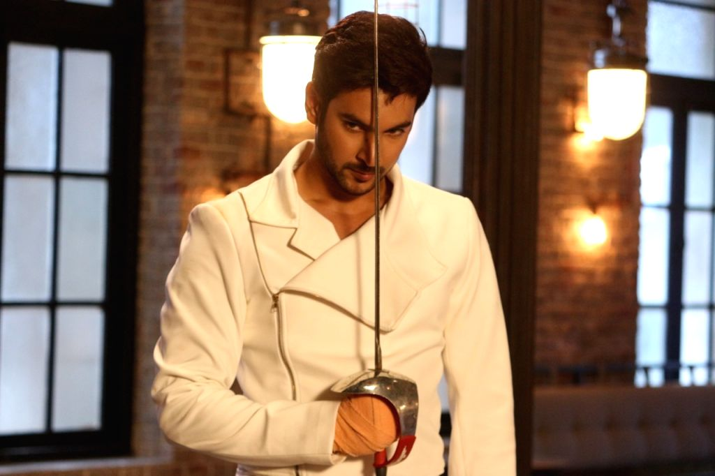 """Actor Shivin Narang, who will be seen playing the lead role in the upcoming show """"Beyhadh 2"""", is learning fencing for his character. - Shivin Narang"""