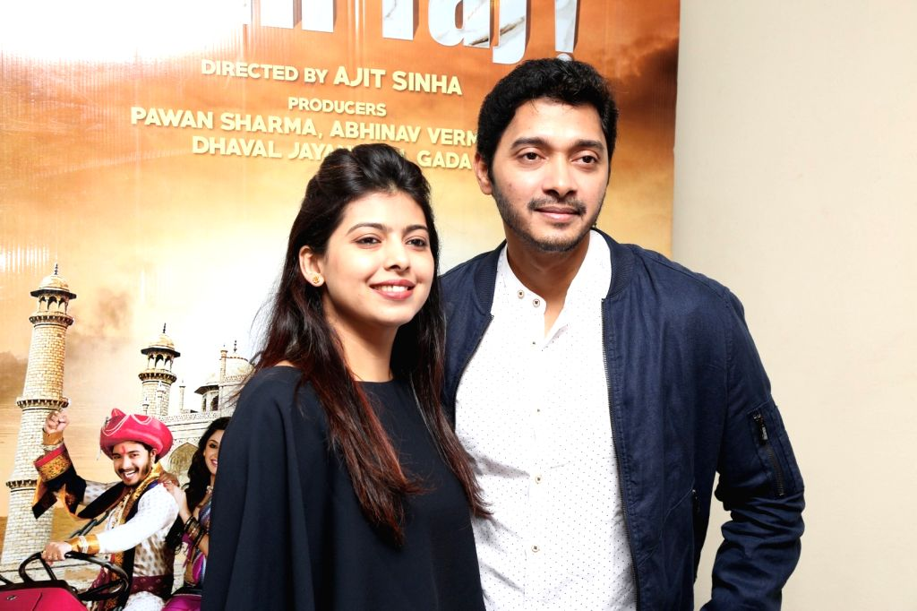 Actor Shreyas Talpade along with his wife Deepti Talpade during the screening of film Wah Taj, in Mumbai on Sept 22, 2016. - Shreyas Talpade