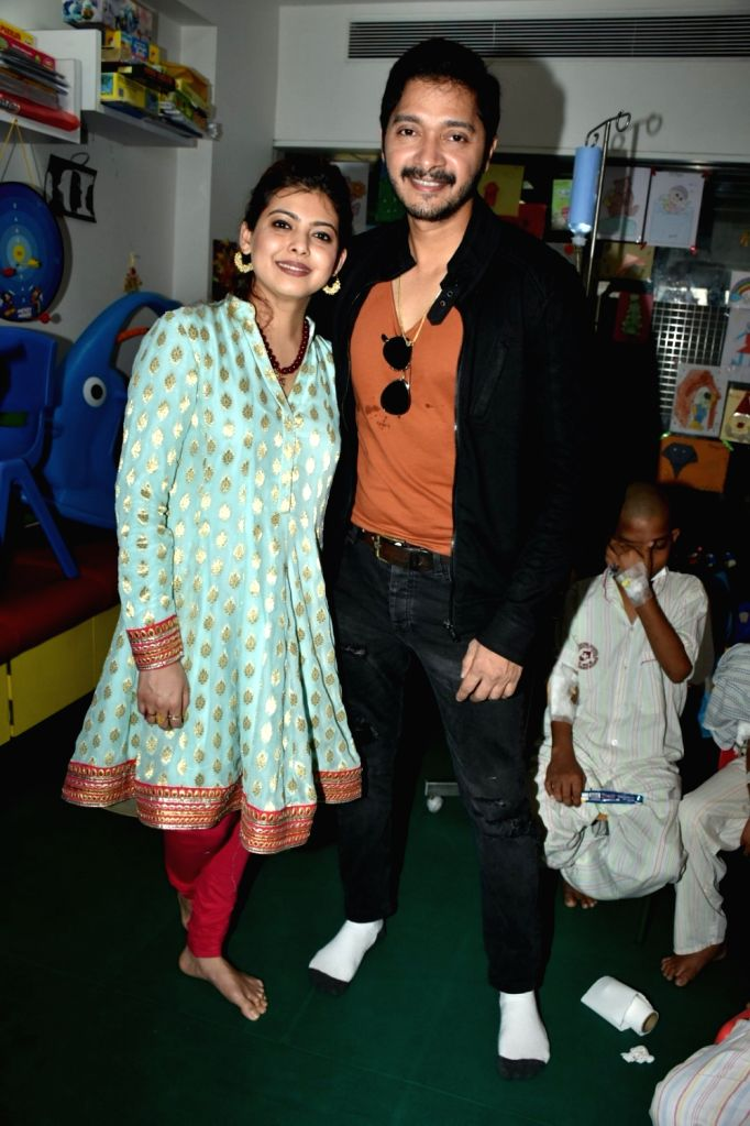 Actor Shreyas Talpade along with his wife Deepti Talpade during a programme in Mumbai on Feb 14, 2018. - Shreyas Talpade