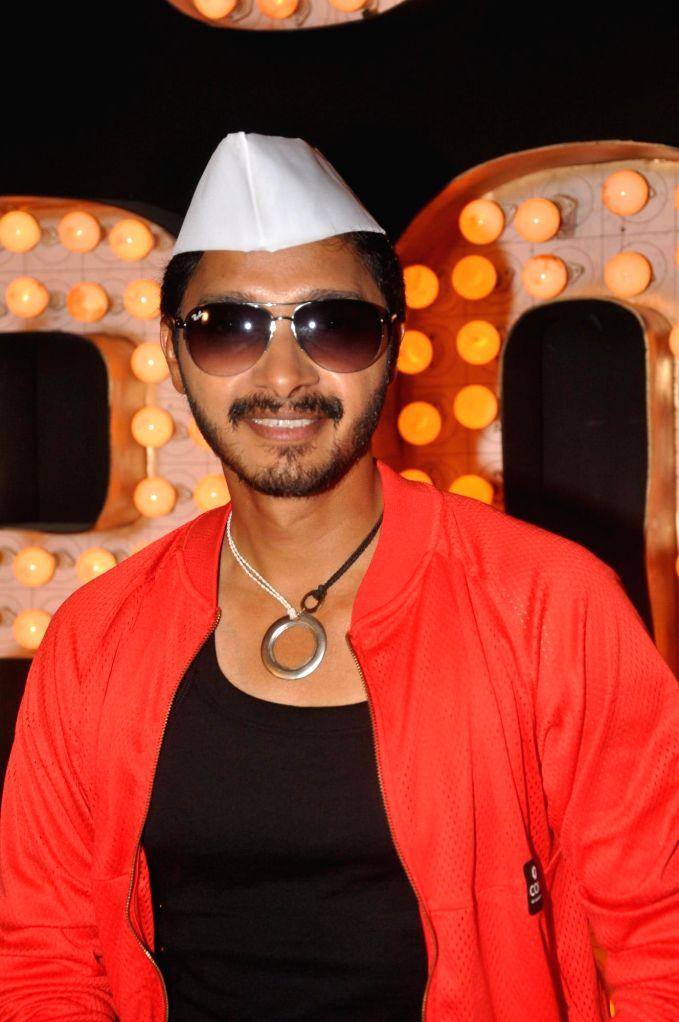 Actor Shreyas Talpade during the promotional song shoot of upcoming Marathi film Poshter Boyz  in Mumbai on May 6, 2014. - Shreyas Talpade