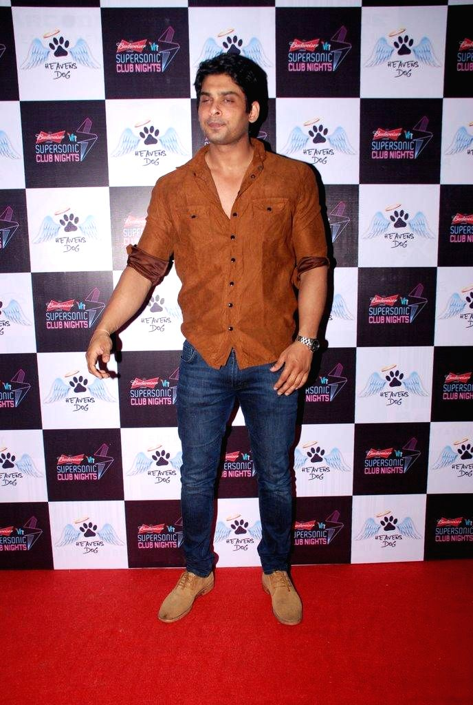 Actor Siddharth Shukla during the launch of restaurant Heavens Dog, in Mumbai, on Sept. 5, 2014. - Siddharth Shukla
