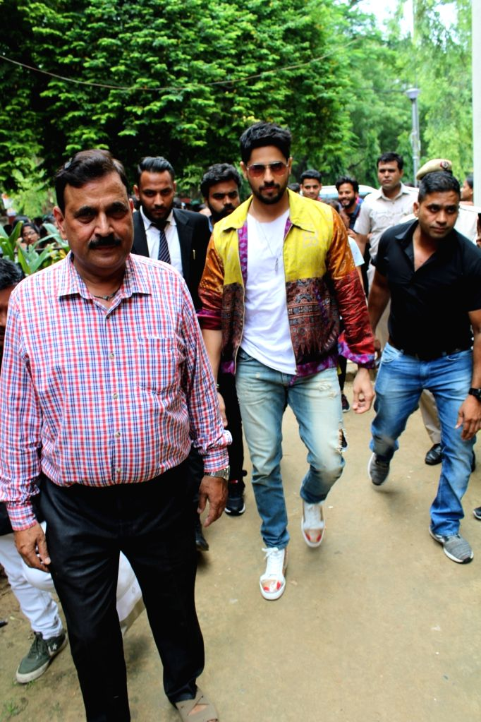 "Actor Sidharth Malhotra during the promotions of his film ""Jabariya Jodi"" at Delhi University's Lakshmibai College, on July 26, 2019. - Sidharth Malhotra"