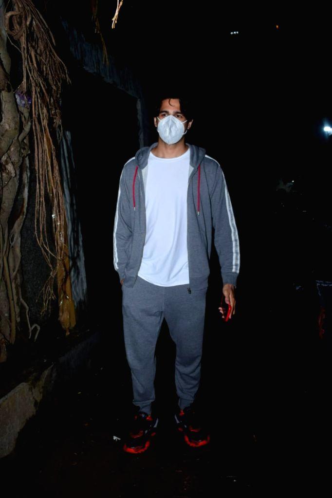 Actor Sidharth Malhotra seen at Javed Akhtar's house in Mumbai's Juhu on Oct 22, 2020. - Sidharth Malhotra
