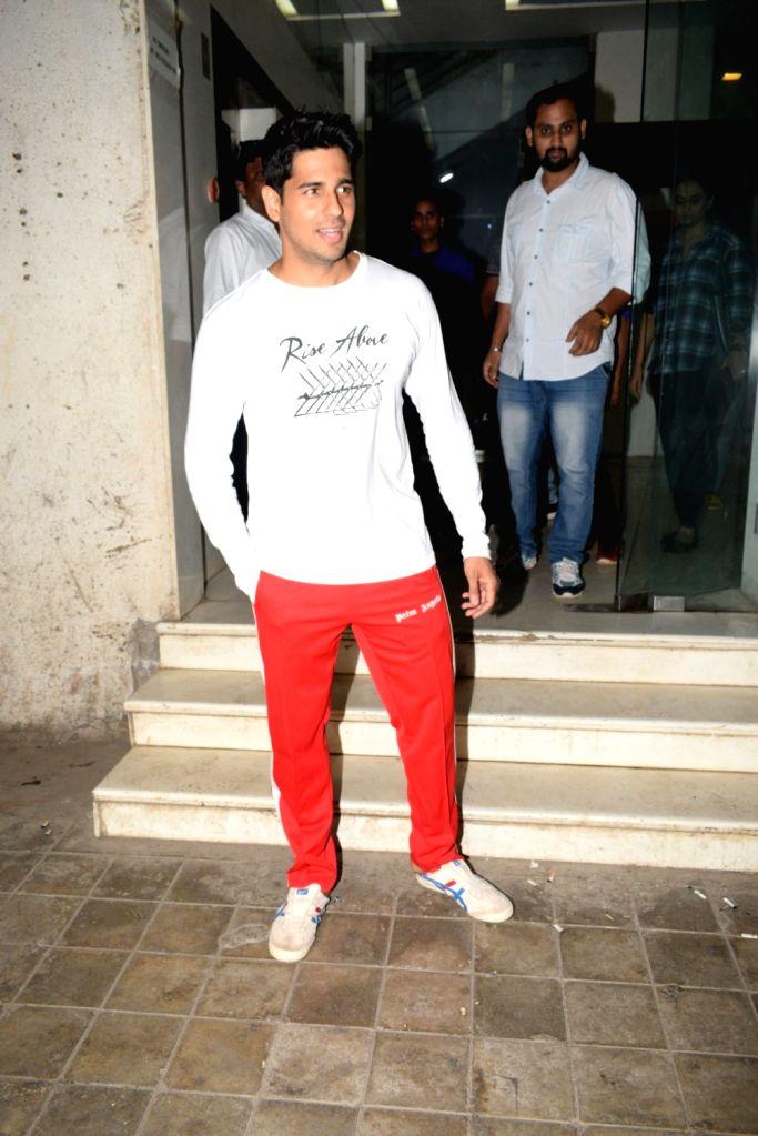 Actor Sidharth Malhotra seen at Mumbai's Andheri, on April 24, 2019. - Sidharth Malhotra