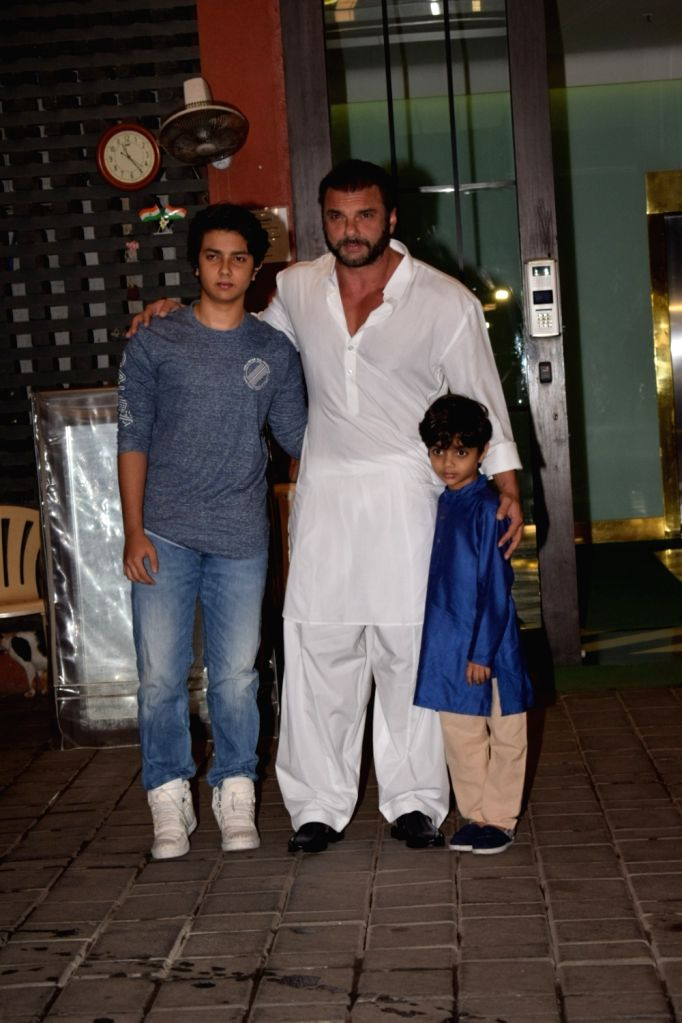 Actor Sohail Khan along with his son Nirvaan Khan and Yohan Khan at Arpita Khan's residence for Pre-Diwali celebration in Mumbai on Oct 13, 2017. - Sohail Khan, Nirvaan Khan, Yohan Khan and Arpita Khan