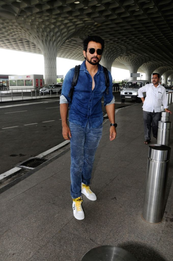 Actor Sonu Sood spotted at Chhatrapati Shivaji Maharaj International airport in Mumbai on Aug 12, 2017. - Sonu Sood