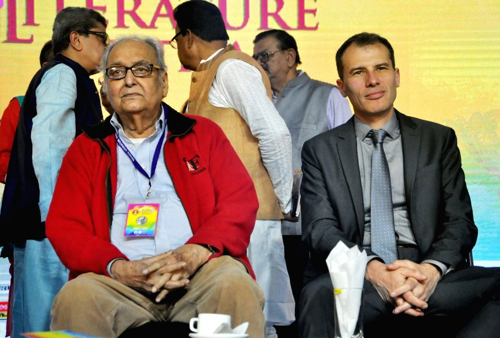 Actor Soumitra Chatterjee and Consul General of the Russian Federation in Kolkata, Alexey M Idamkin at 'Kolkata Literature Festival' during 44th International Kolkata Book Fair, on Feb 6, ... - Soumitra Chatterjee
