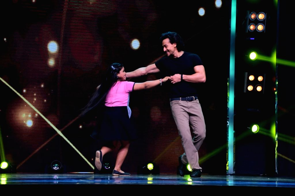"Actor Tiger Shroff on the sets of ""Sa Re Ga Ma Pa Li'l Champs Season 6"" to promote his upcoming film ""Munna Michael"" in Mumbai, on July 5, 2017. - Tiger Shroff"