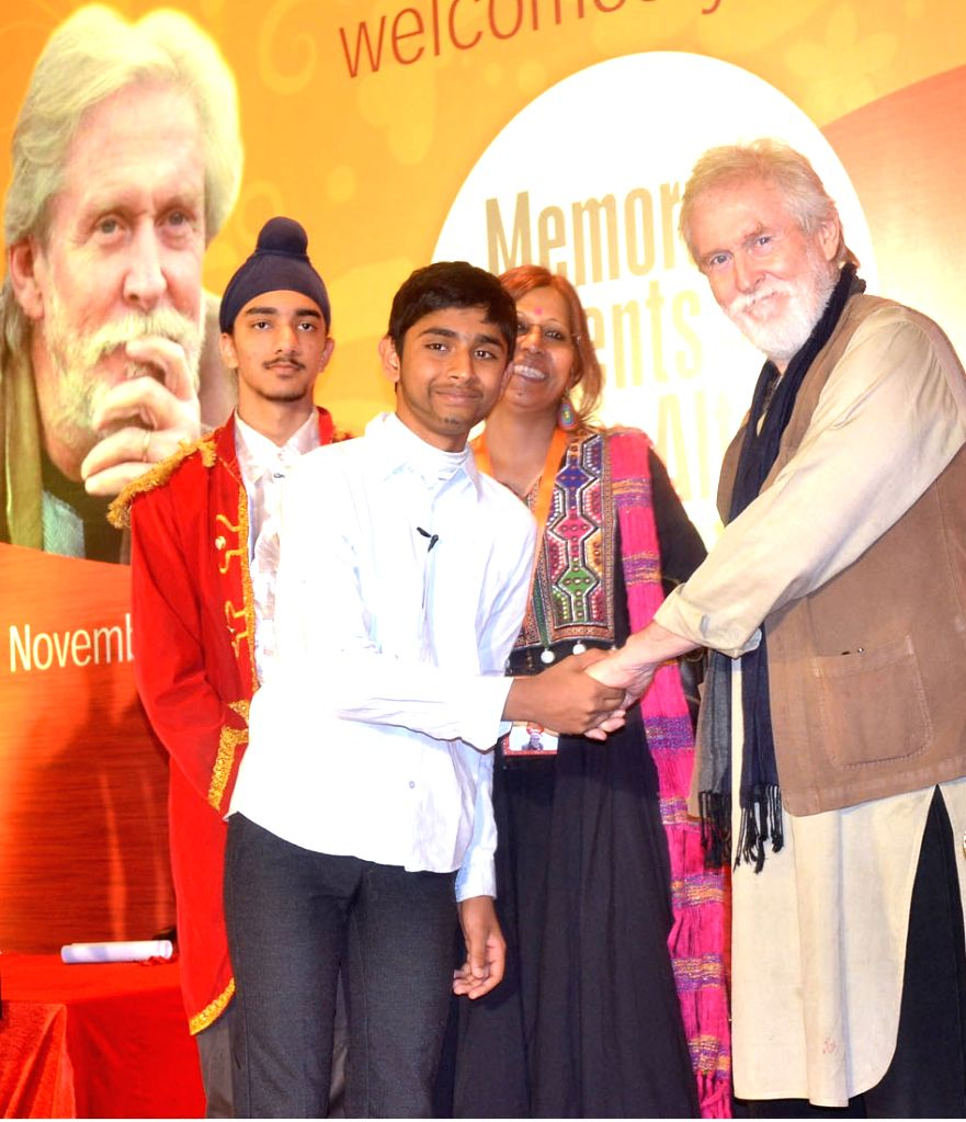 Actor Tom Alter during a programme in Bengaluru on Nov 28, 2016. - Tom Alter
