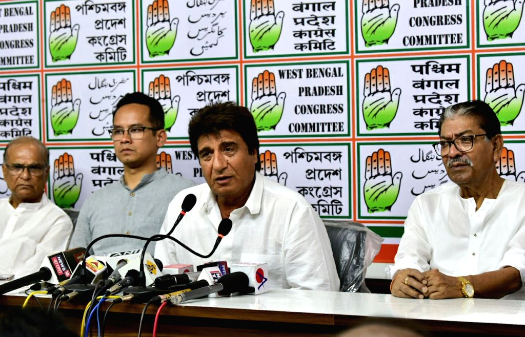 Actor-turned-politician Congress leader Raj Babbar accompanied by state party President Somen Mitra, addresses a press conference, in Kolkata, on April 26, 2019.