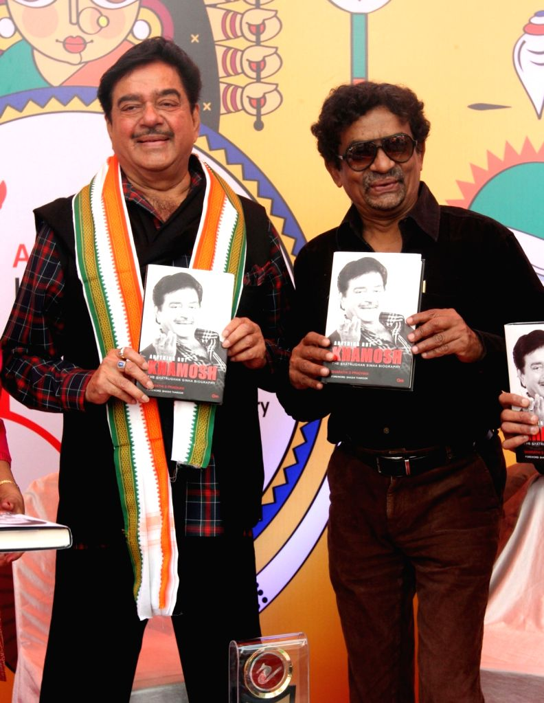 "Actor turned politician Shatrughan Sinha with filmmaker  Goutam Ghosh  at the launch of ""Khamosh"" - book in Kolkata on Jan 17, 2016. - Shatrughan Sinha and Goutam Ghosh"