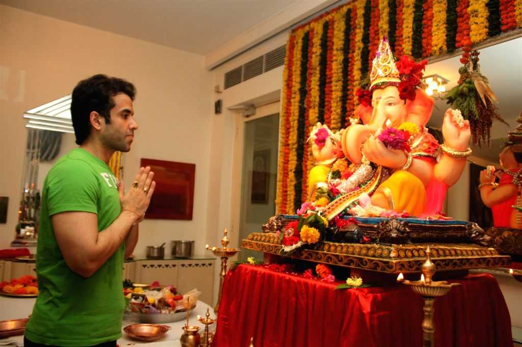Actor Tusshar Kapoor during the Ganesh Chaturthi celebrations at his residence in Mumbai on Aug 29, 2014. - Tusshar Kapoor
