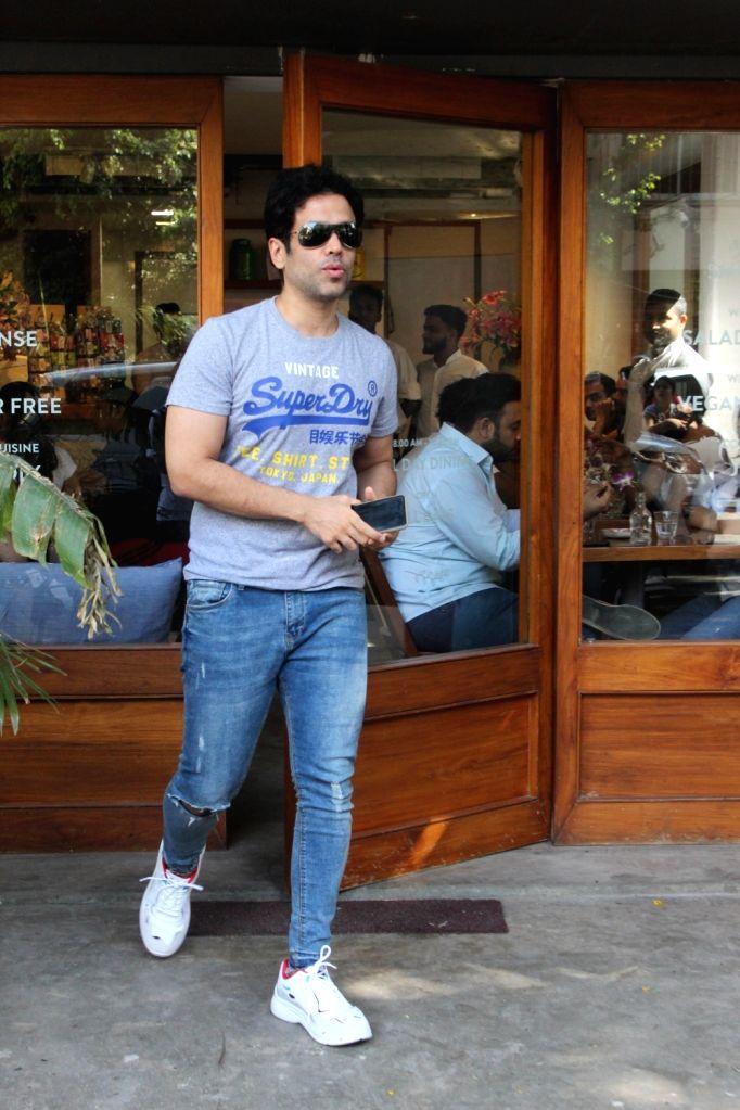 Actor Tusshar Kapoor seen at Mumbai's Bandra, on May 25, 2019. - Tusshar Kapoor