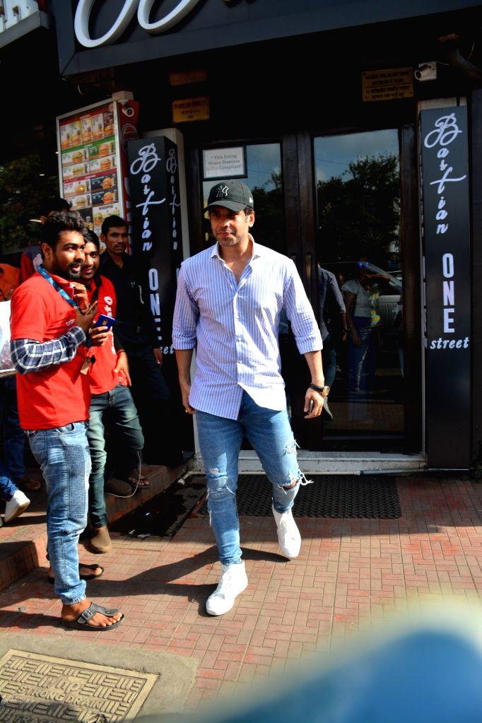 Actor Tusshar Kapoor seen at Mumbai's Bandra Sept 8, 2018. - Tusshar Kapoor