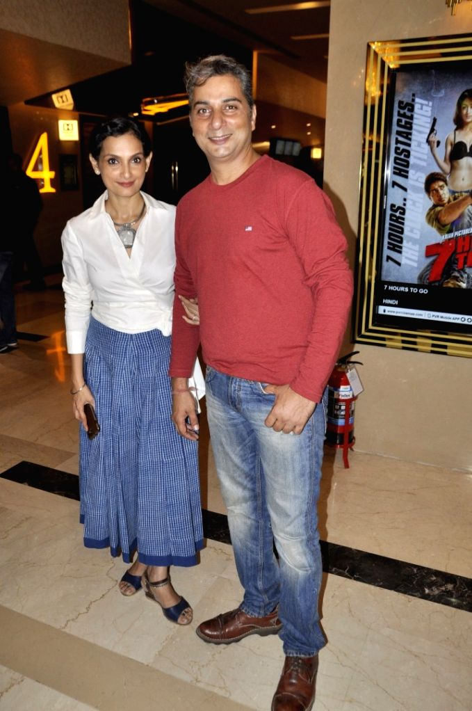 Actor Varun Badola with wife Rajeshwari during special screening of film 7 Hours To Go, in Mumbai on June 22, 2016. - Varun Badola