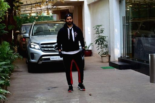 Actor Varun Dhawan seen at a recording studio in Juhu, Mumbai on March 16, 2020. - Varun Dhawan