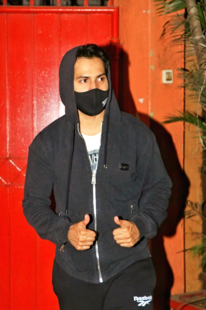 Actor Varun Dhawan seen at Andheri in Mumbai on Jan 9, 2021. - Varun Dhawan