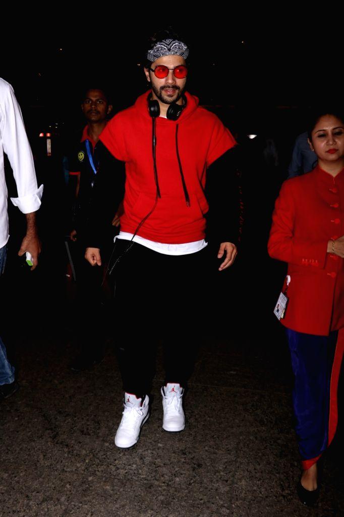 Actor Varun Dhawan spotted at Chhatrapati Shivaji Maharaj International airport in Mumbai. - Varun Dhawan