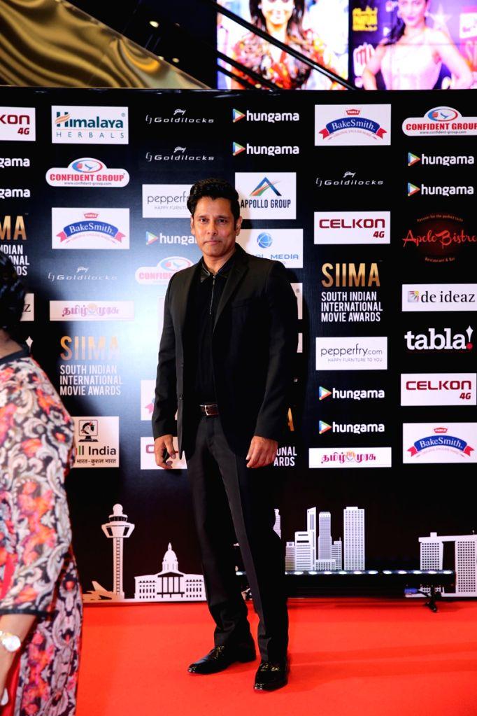 Actor Vikram at SIIMA Awards 2016. - Vikram