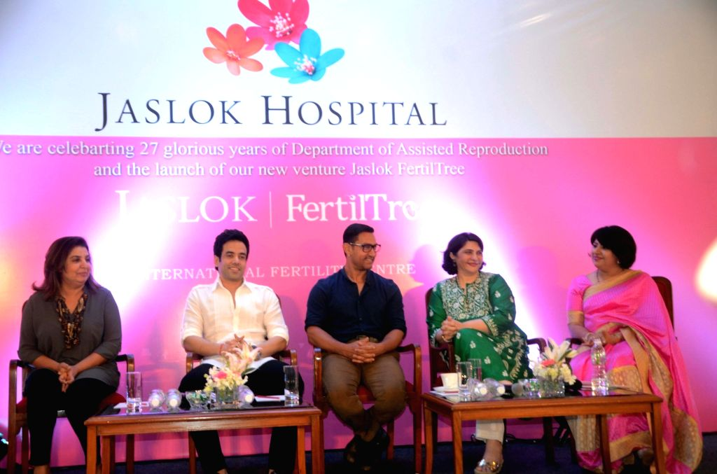 "Actors Aamir Khan, Tusshar Kapoor and choreographer Farah Khan during the launch of ""Jaslok FertilTree"" International Fertility Centre in Mumbai on Aug 15, 2016. - Aamir Khan, Tusshar Kapoor and Farah Khan"