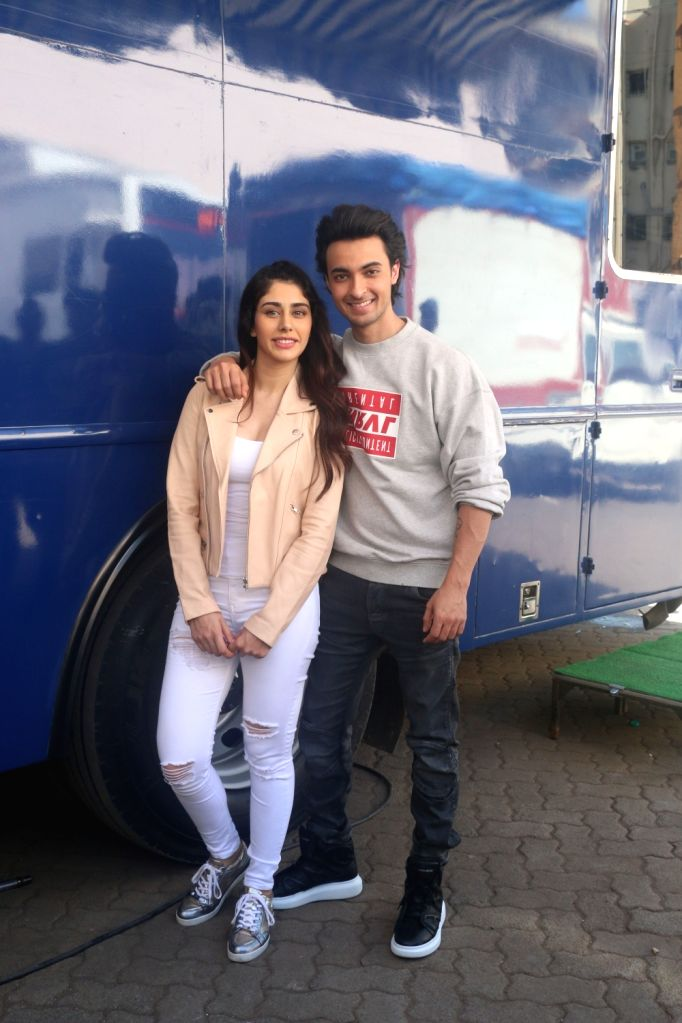 """Actors Aayush Sharma and Warina Hussain at the promotion of their upcoming film """"Loveratri"""" in Mumbai on Sept 17, 2018. - Aayush Sharma and Warina Hussain"""