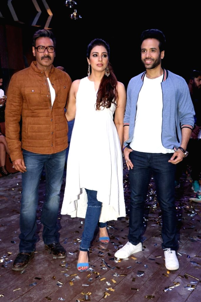 """Actors Ajay Devgan, Tabu and Tusshar Kapoor during the promotion of their upcoming film """"Golmaal Again"""" in Mumbai on Sept 19, 2017. - Ajay Devgan, Tabu and Tusshar Kapoor"""