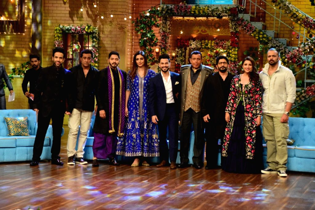 Actors Ajay Devgan, Tusshar Kapoor, Shreyas Talpade, Tabu, Kunal Khemu, Arshad Warsi, Parineeti Chopra and Director Rohit Shetty with Mithun Chakraborty during the promotion of upcoming film ... - Ajay Devgan, Tusshar Kapoor, Shreyas Talpade, Tabu, Kunal Khemu, Arshad Warsi, Parineeti Chopra, Director Rohit Shetty and Mithun Chakraborty