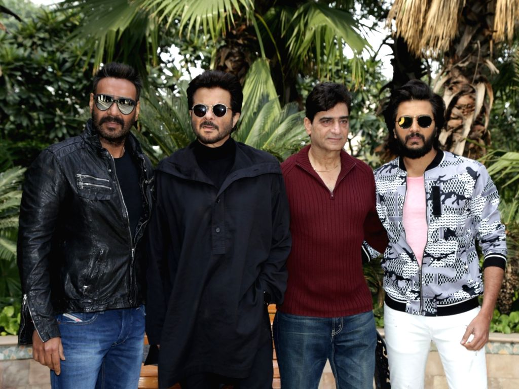 """Actors Ajay Devgn, Anil Kapoor and Riteish Deshmukh with director Indra Kumar at the promotional interview of their upcoming film """"Total Dhamaal"""" in New Delhi, on Feb 18, 2019. - Indra Kumar, Ajay Devgn, Anil Kapoor and Riteish Deshmukh"""