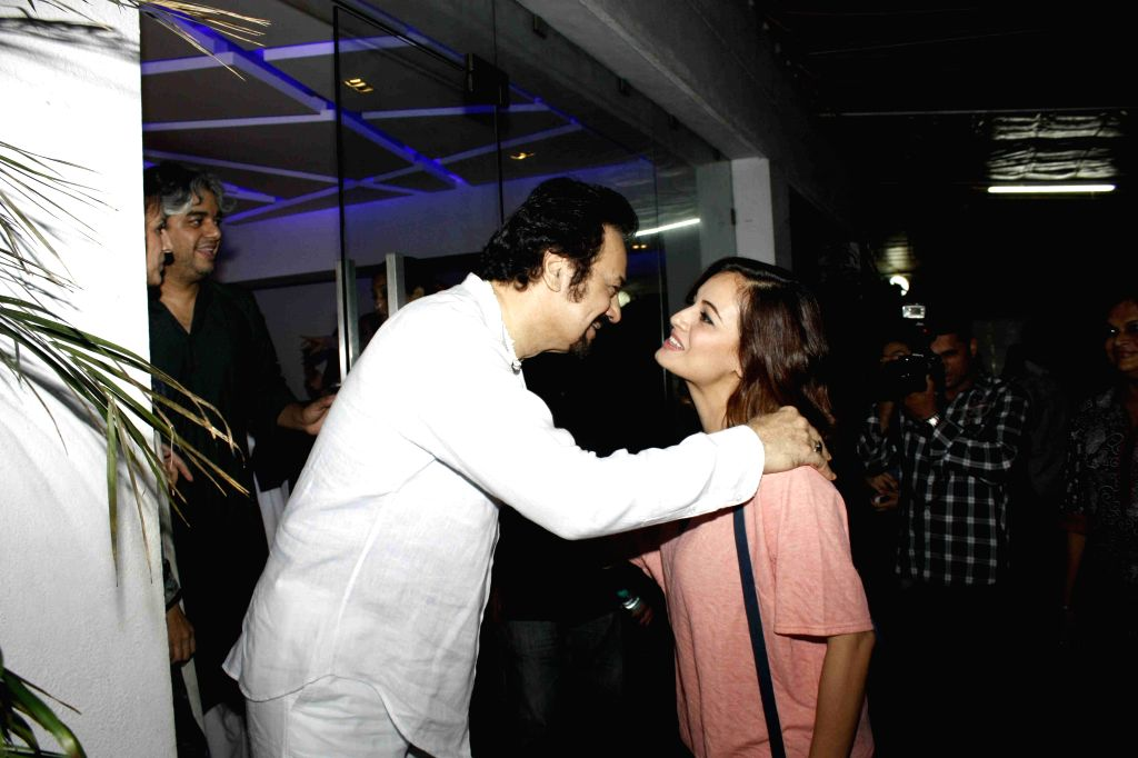 Actors Akbar Khan and Dia Mirza during the screening of film Jaanisaar in Mumbai, on August 6, 2015. - Akbar Khan and Dia Mirza
