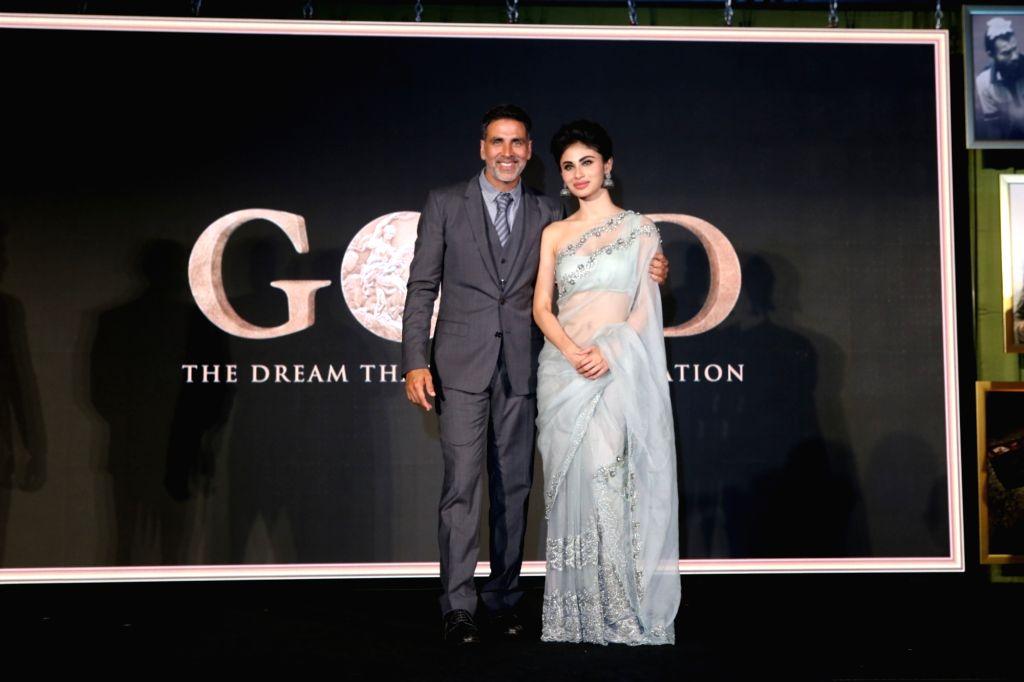 Actors Akshay Kumar and Mouni Roy at the launch of the first song from upcoming film 'Gold', titled 'Naino Ne Baandhi' in Mumbai on July 6, 2018. - Akshay Kumar and Mouni Roy