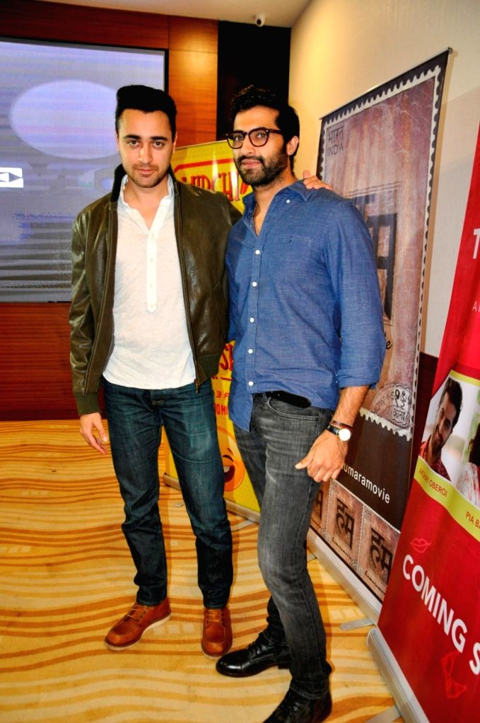 Actors Akshay Oberoi and Imaran Khan during the special screening of short film `The Virgins` in Mumbai, on June 30, 2016. - Akshay Oberoi and Imaran Khan