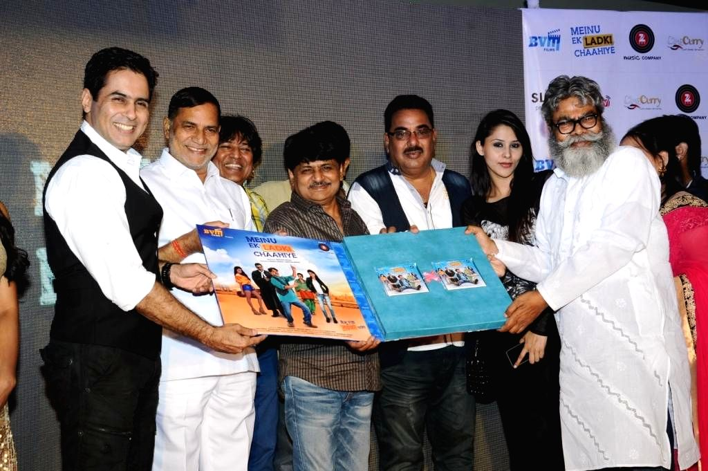 Actors Aman Verma, Kripa Sankar Singh, Abhishek, Raghuvir, Pappu Khanna,Khushboo,Anupam during the music launch of film Mainu Ek Ladki Chahiye in Mumbai on Aug 11, 2014. - Aman Verma, Kripa Sankar Singh, Abhishek, Raghuvir and Pappu Khanna