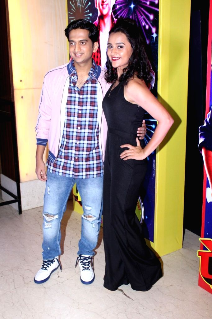 """Actors Amey Wagh and Parna Pethe during the song launch of their film """"Faster Fene"""" in Mumbai on Oct 13, 2017. - Amey Wagh and Parna Pethe"""