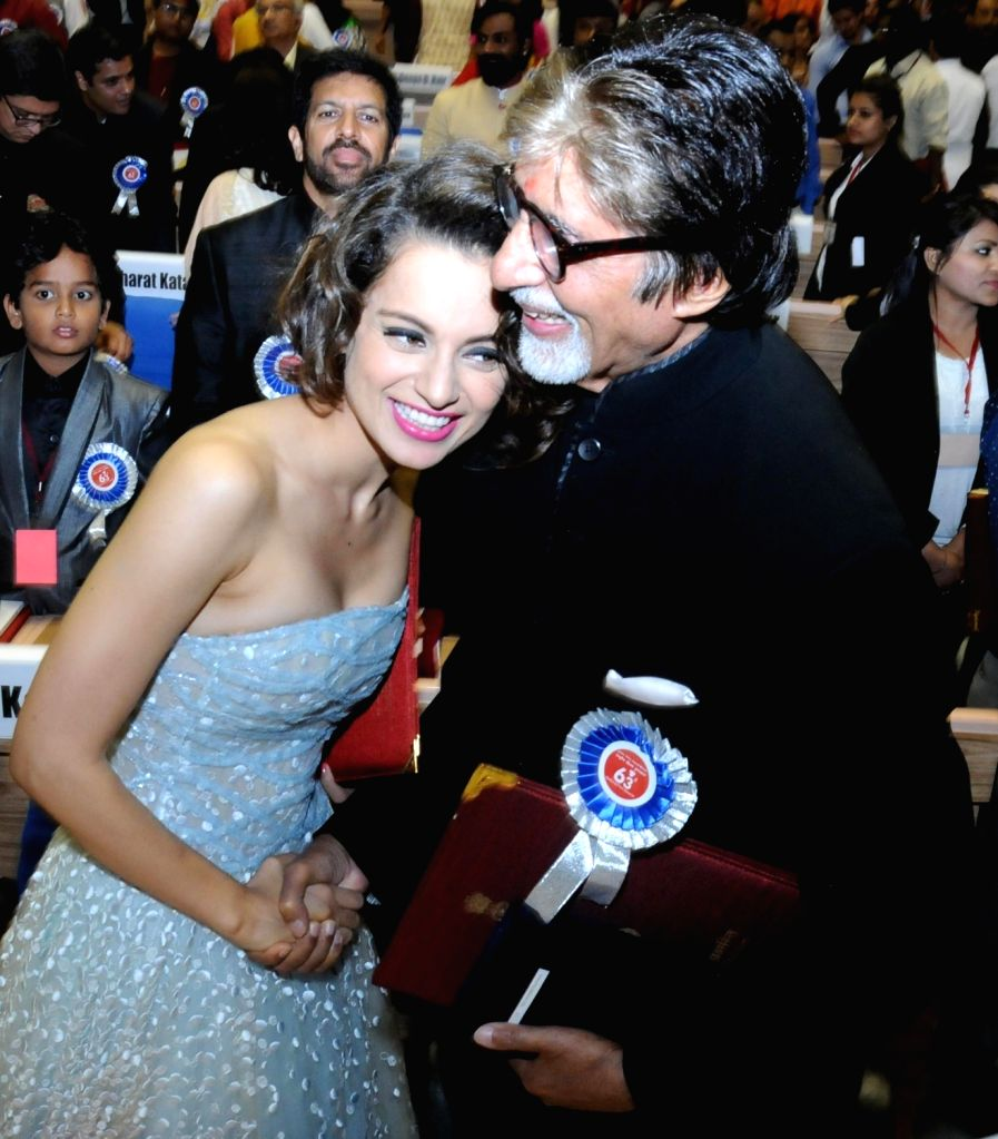 Actors Amitabh Bachchan and Kangana Ranaut who received best actor and best actress award respectively during the 63rd National Film Awards ceremony at Vigyan Bhawan  in New Delhi, on May 3, 2016. - Amitabh Bachchan and Kangana Ranaut