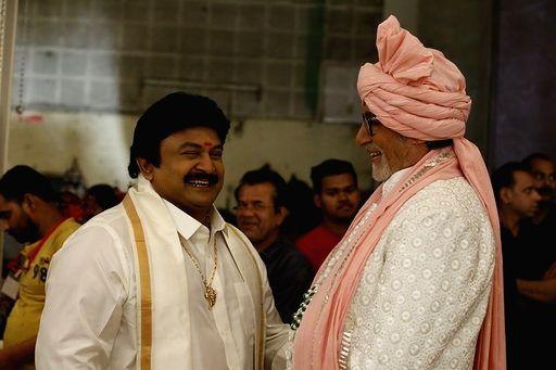 Actors Amitabh Bachchan and Prabhu Ganesan during Kalyan Jewellers ad shoot in Mumbai on Jan 24, 2020. - Amitabh Bachchan and Prabhu Ganesan