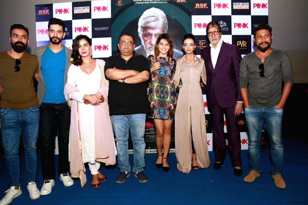 Actors Amitabh Bachchan, Taapsee Pannu, Kirti Kulhari, Andrea Tariang, Angad Bedi, director Aniruddha Roy Chowdhury and producer Shoojit Sircar during a press conference to promote their ... - Aniruddha Roy Chowdhury, Amitabh Bachchan, Taapsee Pannu, Kirti Kulhari, Andrea Tariang and Angad Bedi