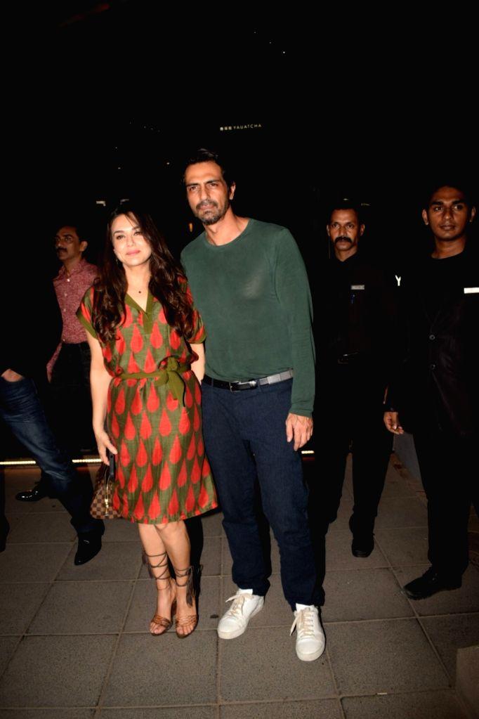 Actors Arjun Rampal and Preity Zinta seen at a restaurant in Mumbai, on May 25, 2018. - Arjun Rampal and Preity Zinta